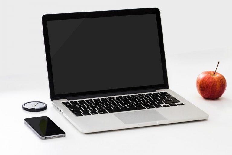laptop-macbook-pro-office-computer-18105